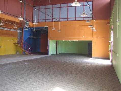 811 University Avenue, Berkeley - Retail / Showroom Interior 1
